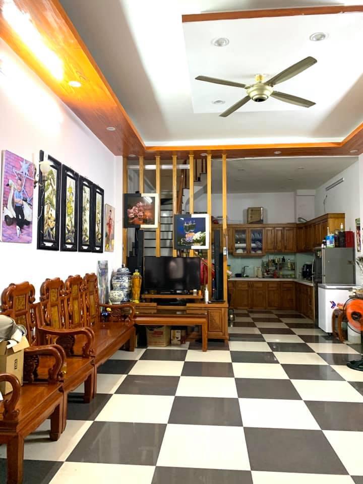 Bán nhà sát phố Kinh doanh Trần Khát Chân Hai Bà Trưng Hà Nội 6tỷ6 x50m2x 5T,MT5m,lh0968181902.