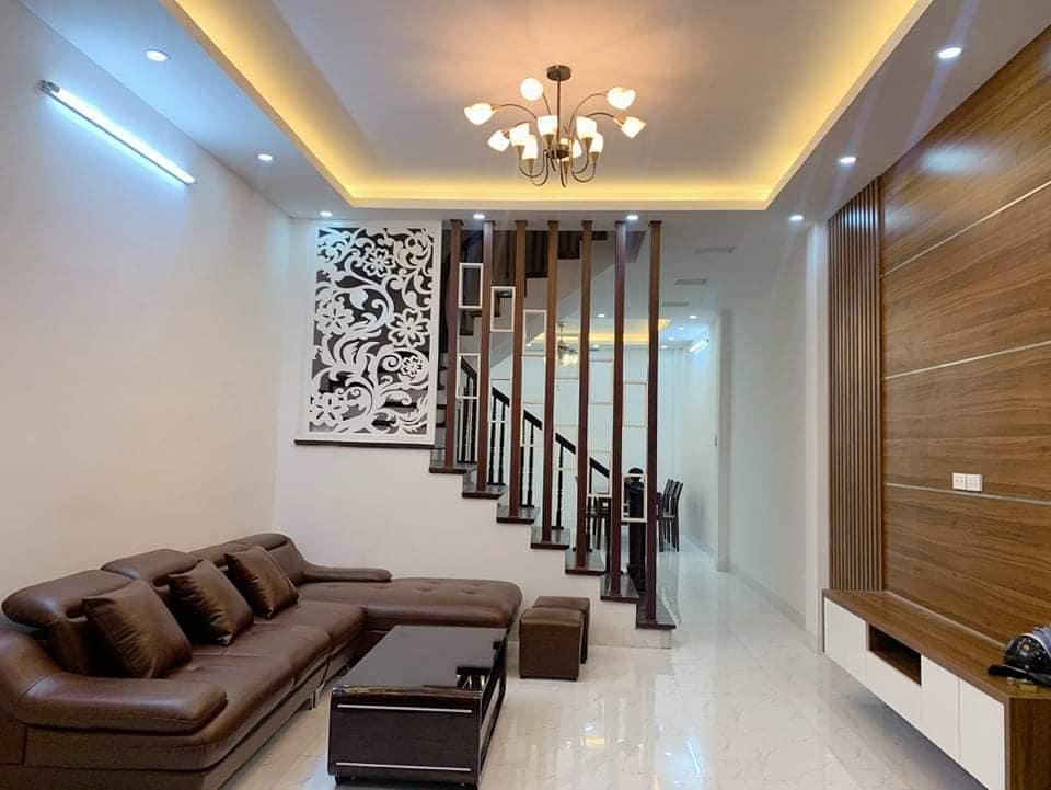 Bán nhà phố Khương Đình, 62m2x4T mới, gần ô tô, giá 5.15 tỷ.