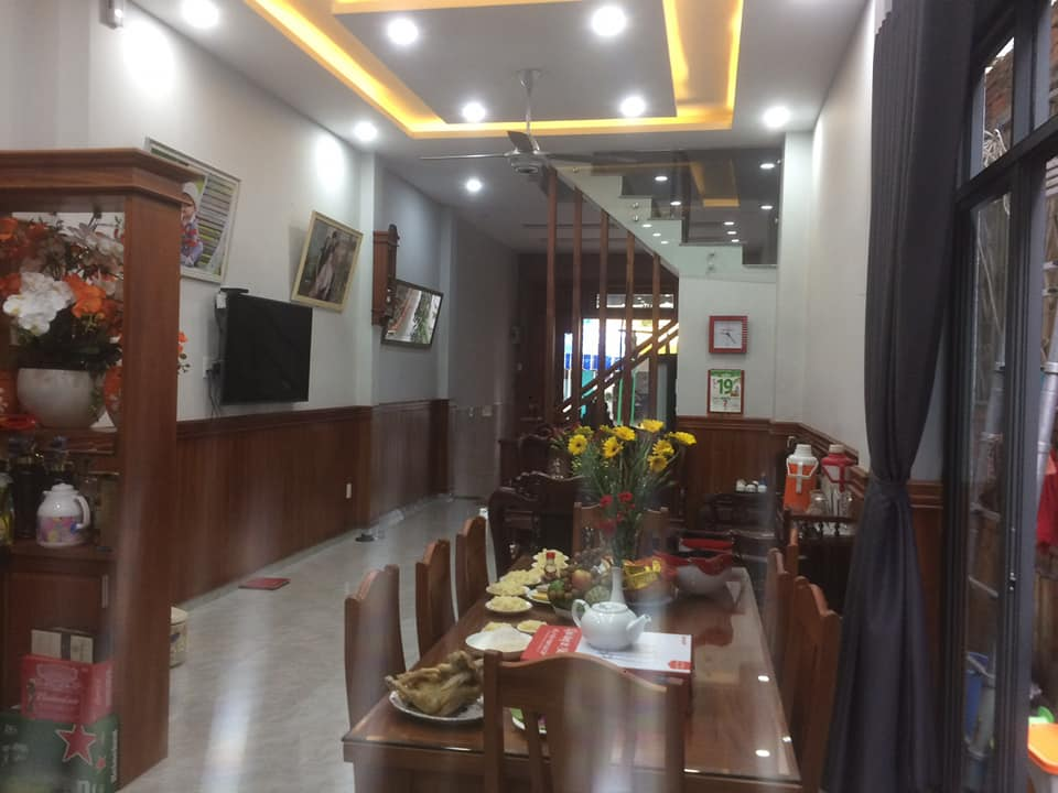 Bán nhà Hẻm Xe Tăng, Đường Lê Trọng Tấn, Sơn Kỳ, Quận Tân Phú, 4 Lầu. 90m2.
