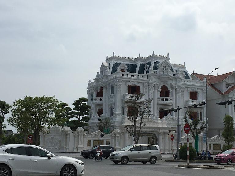 - Chuyển nhượng lô đất mặt đường tuyến 2 Lê Hồng Phong, Ngô Quyền, Hải Phòng.
