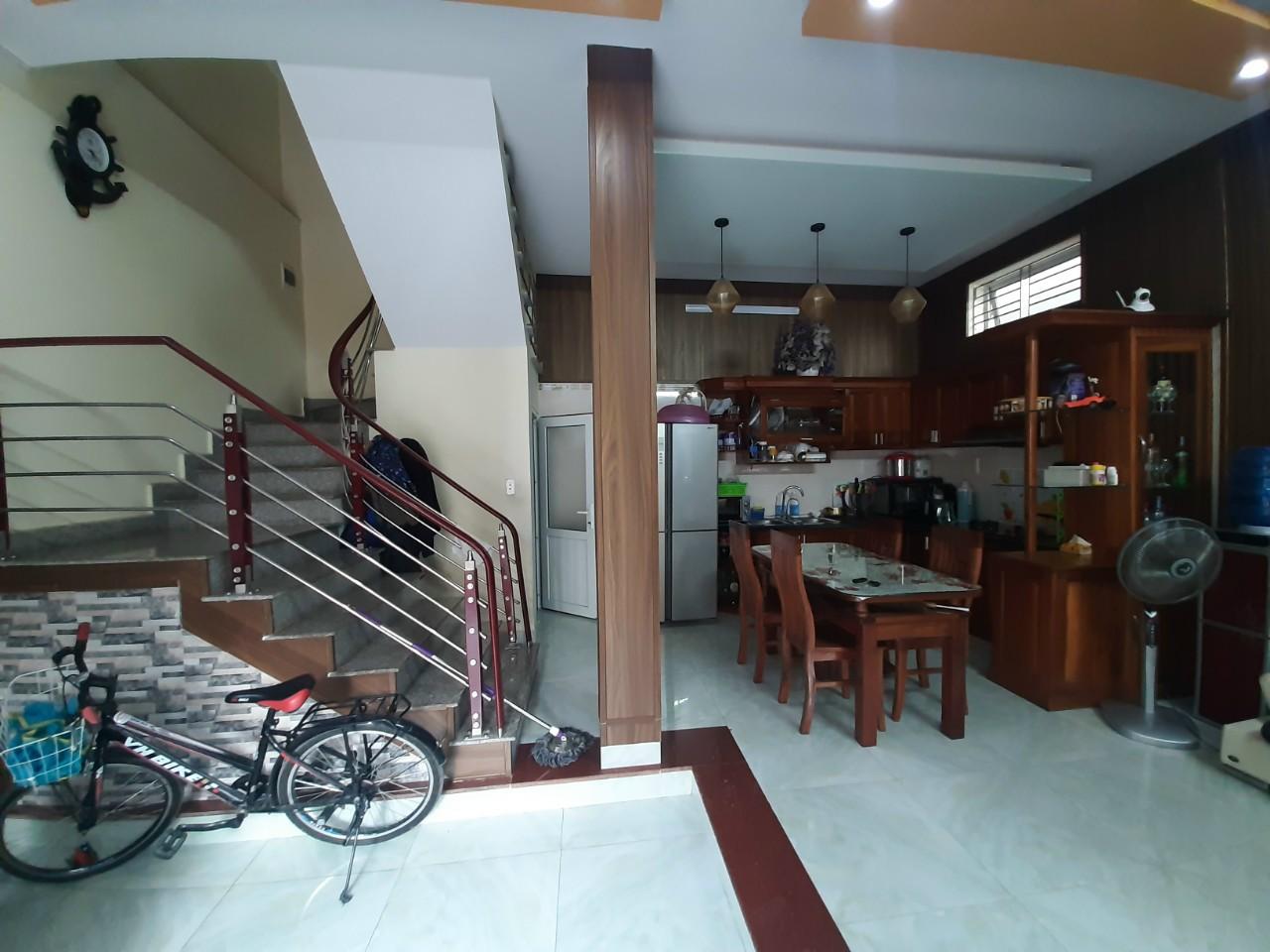 Bán gấp căn nhà 3 tầng mặt ngõ đường Phương Lưu, Đông Hải 1, Hải An, Hải Phòng