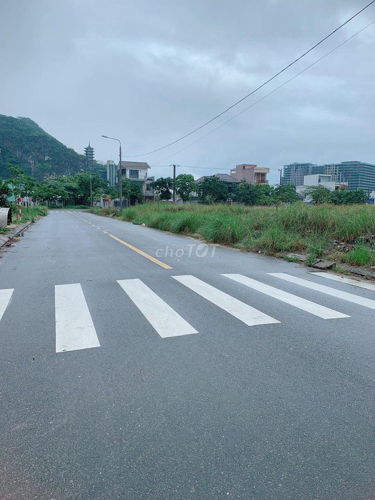 BÁN ĐẤT NGŨ HÀNH SƠN, sát ủy ban phường HÒA HẢI