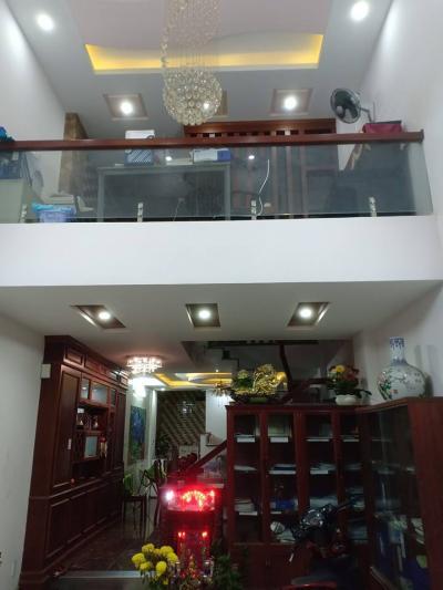 Bán Nhà 4 tầng đường Nguyễn Hồng Đào, HXH, 90m2 giá 8.7 tỷ.(TL Mạnh )