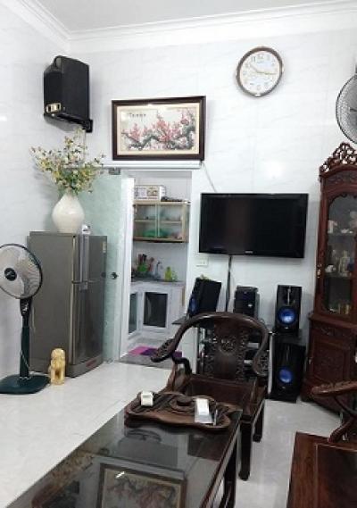 Rất gần hồ, để lại hết nội thất, nhà Khương Hạ, Thanh Xuân 30m2 chỉ 2,95 tỷ LH: 0965041412