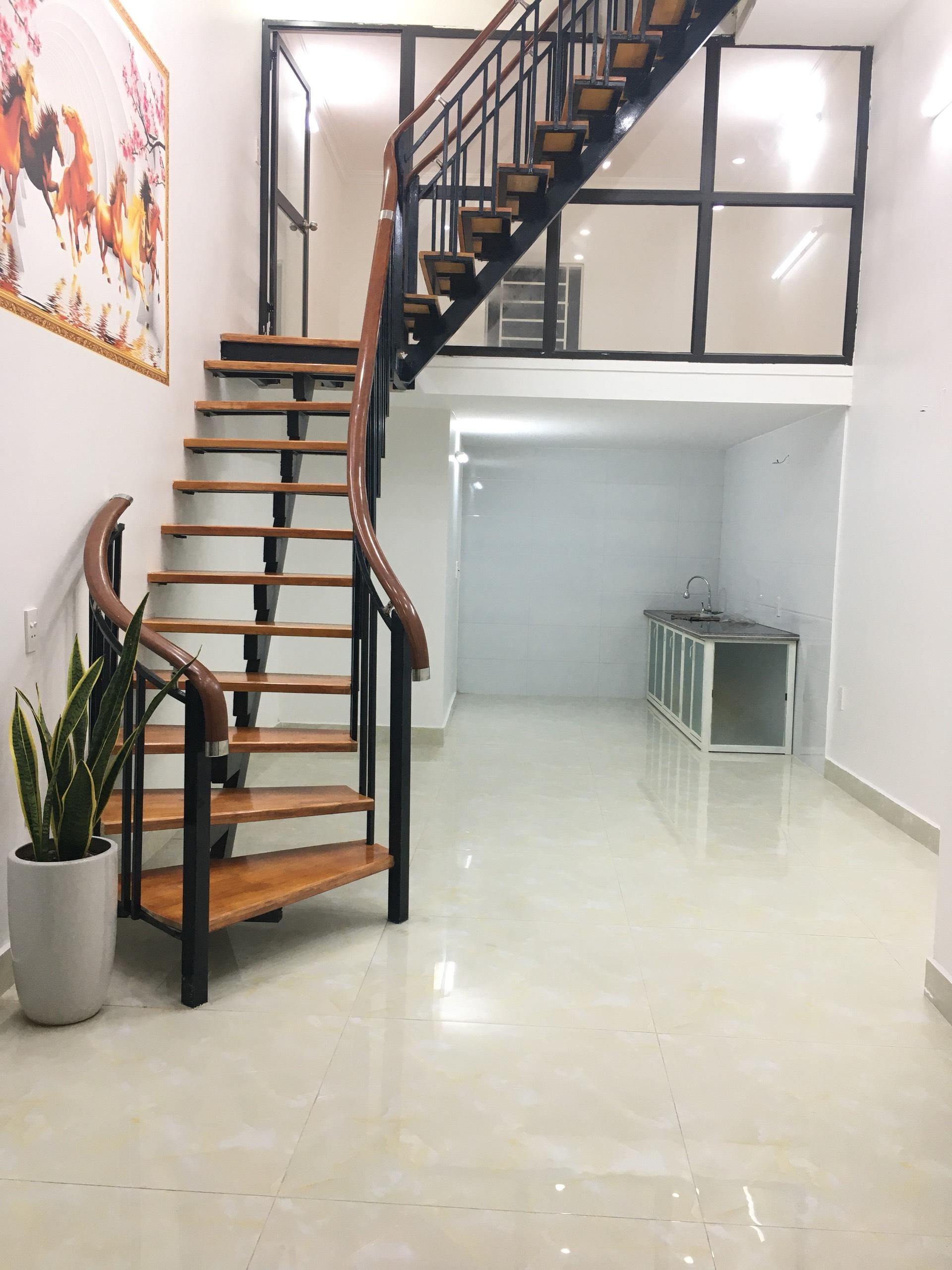 Cần bán gấp nhà 2.5 tầng độc lập mặt ngõ đường Tô Hiệu, Lê Chân, Hải Phòng