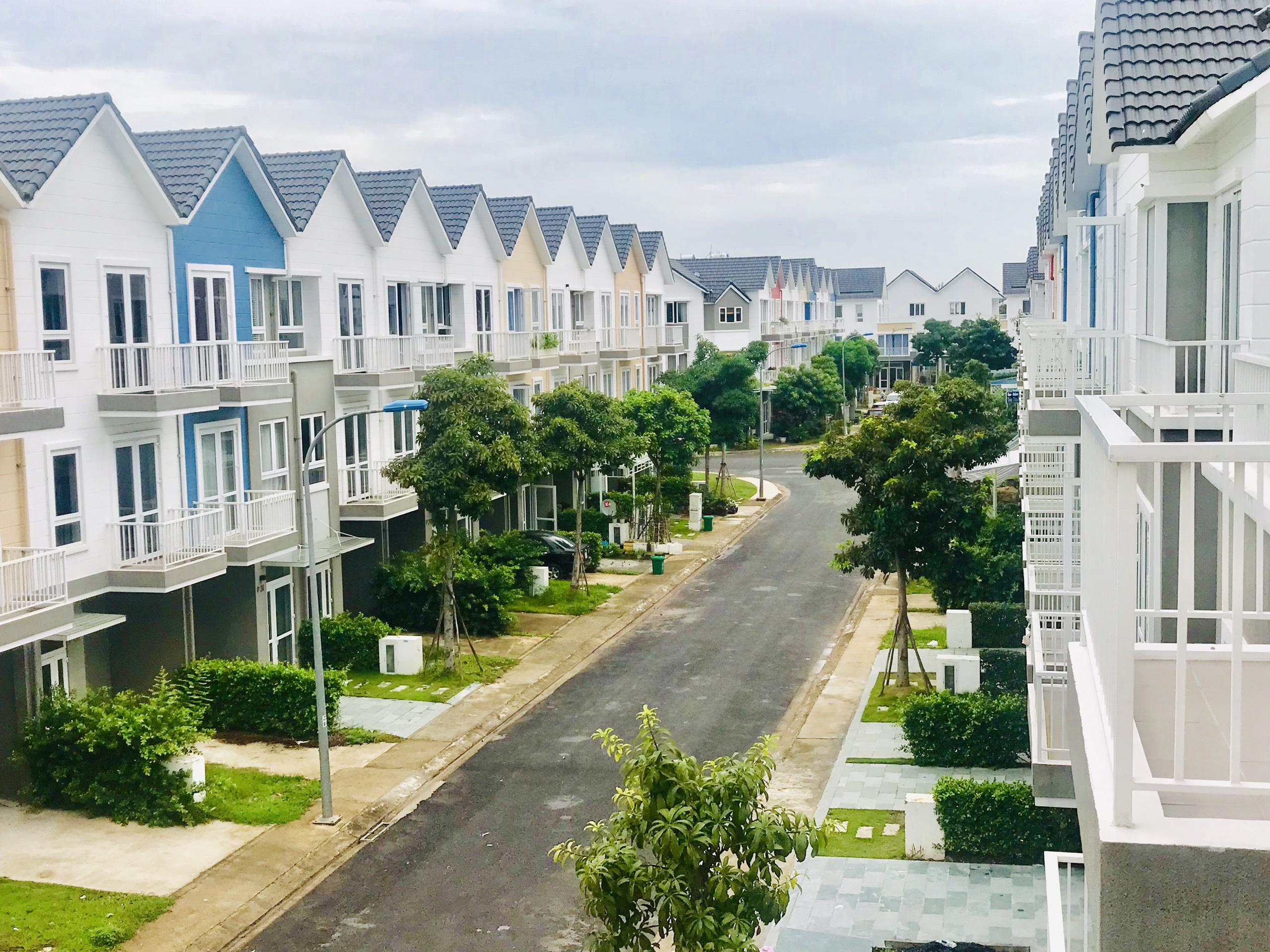 Chính chủ cần bán căn nhà ở park Riverside quận 9,giá 5 tỷ 2,đã có sổ