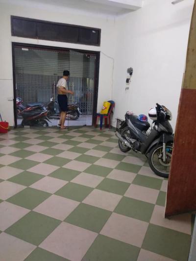 Bán nhà Lê Thanh Nghị, HBT, 45m2, kinh doanh, ô tô, lô góc, mt 4m, giá 7.6 tỷ.
