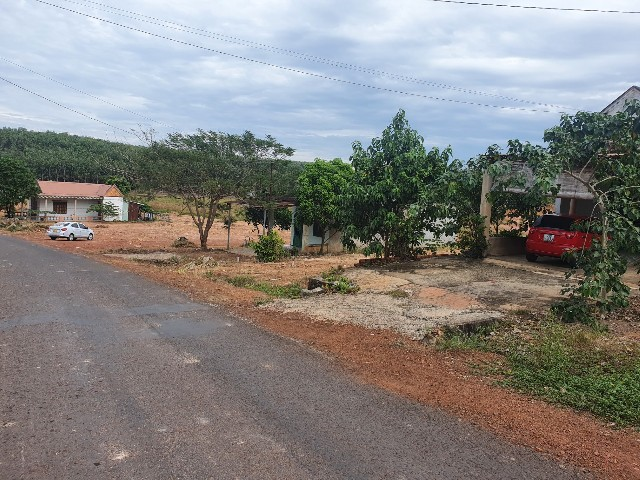 Bán đất Đồng Phú Bình Phước dt 1000m đầu tư hoặc xây trọ giá rẻ