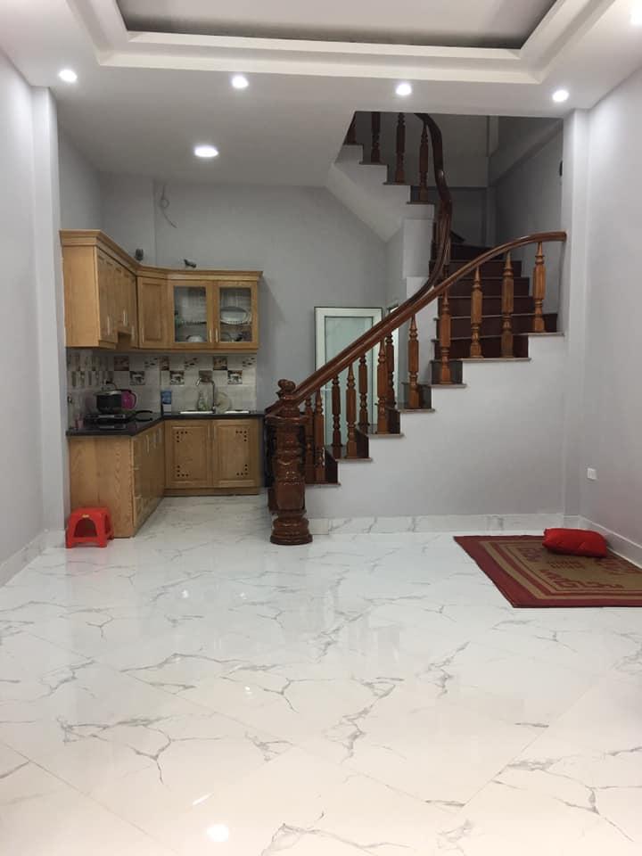 Bán nhà Phố Kim Ngưu, 35m2, ngõ rộng, 5 tầng, nhà mới tinh, an sinh tốt, 3.4 tỷ.