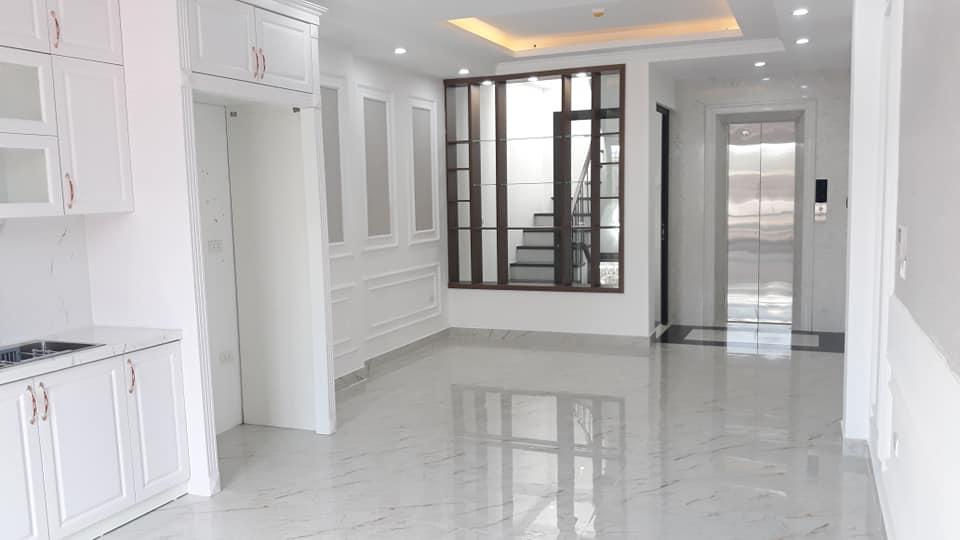 Nhà đẹp, phân lô Phương Mai, 6T thang máy, nội thất Châu Âu, 50m2, chỉ 9.8 tỷ.