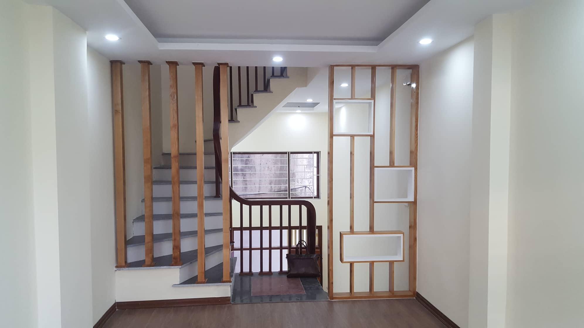 Bán nhà phố Kim Giang, Q.Hoàng Mai, nhà mới, 35m2, 2.9 tỷ, an ninh, yên tĩnh.